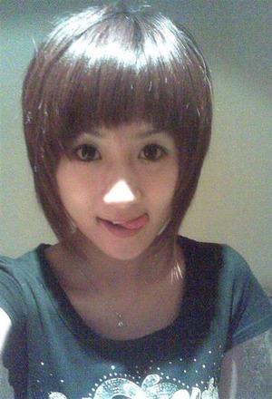 (ドすけべシロウト)中国富豪の間で愛人のぬーどをSNSにUPするのが流行っているそうで・・・。