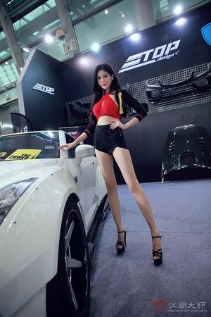 上海モーターショーの企業コンパニオン画像貼るよ~!