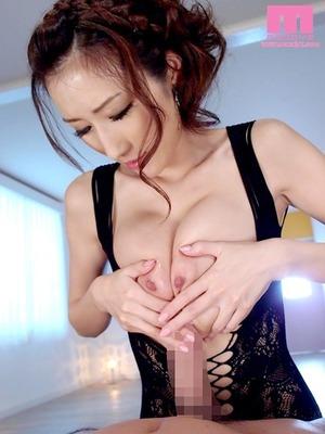 julia_3666-154s