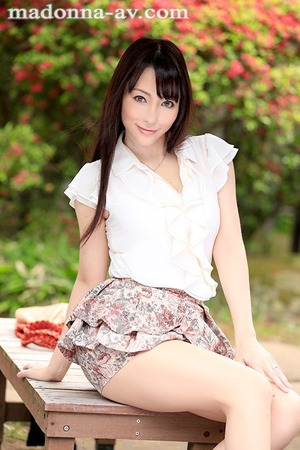 kuroki_kotone_3194-001s