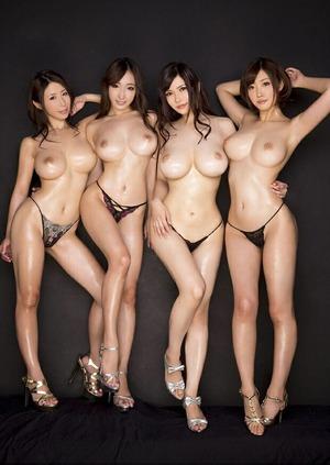 【ドスケベポーズ】複数の女の子が1枚に!ハーレム妄想↑↑集団エロス画像www
