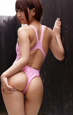 【ドスケベ水着】ピンクの競泳水着がこんなにエロいとは!美尻に乳首透けw【31枚】