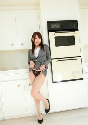 kyonyu_oppai20150209-03arimurachika0034s
