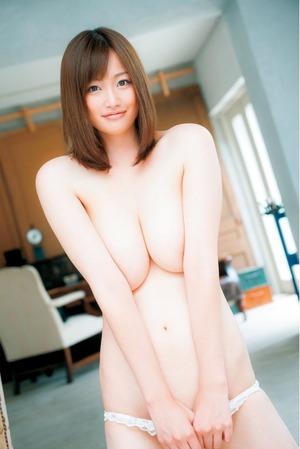 kyonyu_oppai20150203-01tsukinamoe0024s