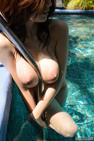 julia_3666-041s