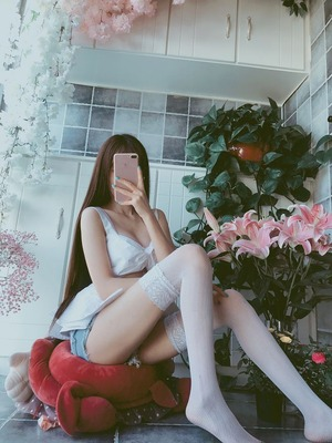 台湾モデルの脚フェチエロスな美脚画像!