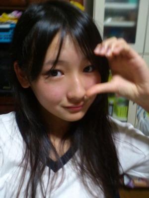 【ニーソ】この黒髪美少女のニーソ水着画像見たいやつ集合!【38枚】