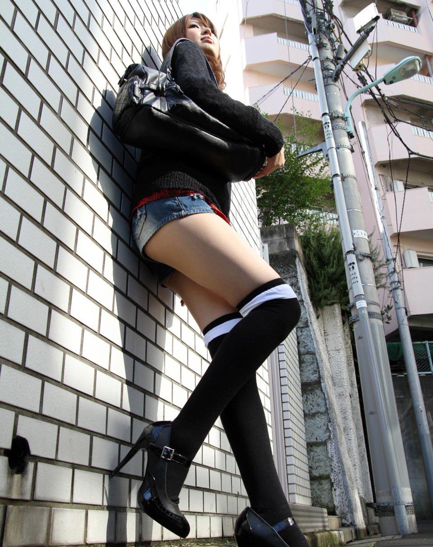 隠し撮りされたロリ娘が着姿が生々しすぎて勃起不可避な自撮り画像