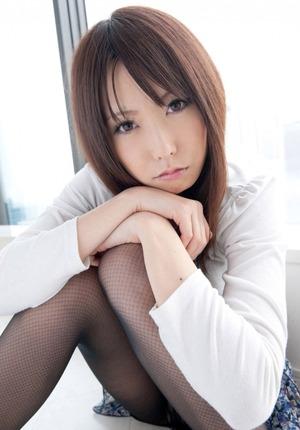 kyonyu_oppai20150209-03arimurachika0090s