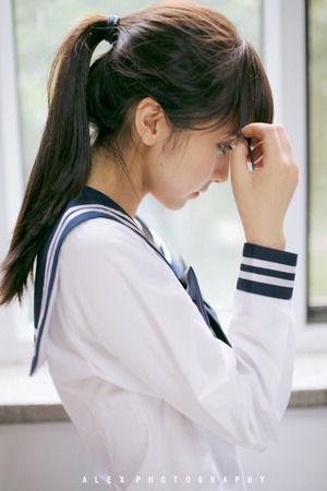 (3次美10代小娘)セイフク姿の美10代小娘が醸し出す空気感はいいね☆