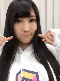 【3次美少女】矢倉楓子ちゃんのオフショ自撮りかわいいwww