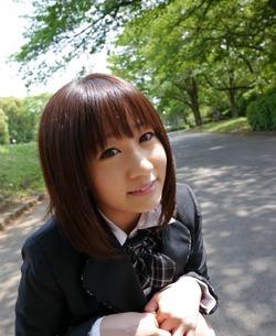 shinomiyayuri_141208a008as
