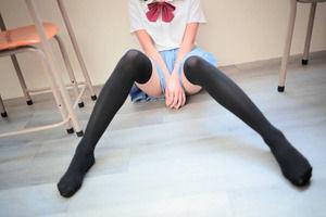 お好きですよね?wセイフク女子のえろス写真☆