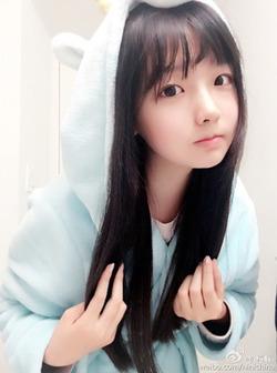 (3次美10代小娘)稀代の少女顔コスプレイヤーwww普段着自撮りでもやっぱり可愛いw