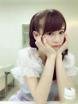 【3次美少女】レディビアードの後ろの子www金子理江ちゃんの自撮り&オフショ!