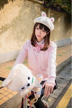 (3次美10代小娘)うさぎベレー帽が愛おしいコスプレイヤー写真☆