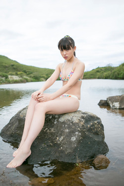 ℃-ute中島早貴ちゃんの水着グラビア&オフショ自撮り画像!34枚