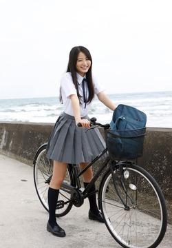 これは育成成功ですなw高田里穂ちゃんの少女から大人へ画像!