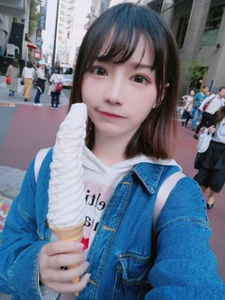 上海の美少女コスプレイヤー洛洛子ちゃん画像!