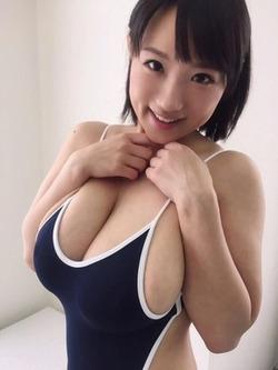 【3次美少女】極小ビキニや眼帯ビキニでエロエロな水着グラビア!