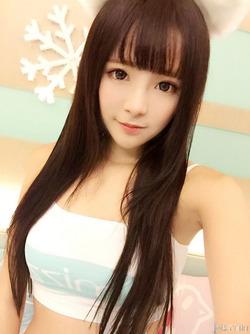 【3次美少女】いろいろモリモリな美少女の自撮り画像w