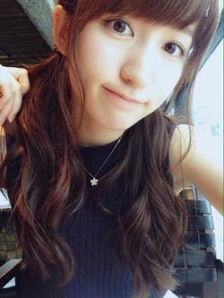 【3次美少女】ゆるふわ雰囲気がイイ!山木梨沙ちゃんのキュートな自画撮り!