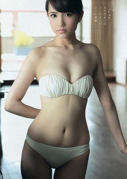 【3次美少女】くびれとおへそのエロスAKB48・加藤玲奈ちゃんの水着画像!