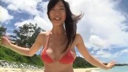 【3次美少女】佐々木心音のイメージビデオが美尻な上に極太頬張る擬似フェラまでw