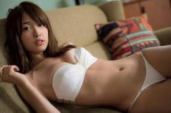 白ビキニが似合う!松本愛ちゃんのセクシーグラビア!