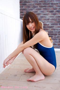 【3次美少女】前島美月ちゃんのブルセラお菓子系グラビアがイイ!