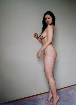 【3次巨乳美少女】爆乳小学生だった紗綾のセミヌード画像www