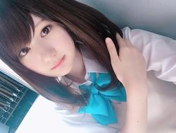 【3次美少女】セミロング美少女の制服グラビアにグっとくる!