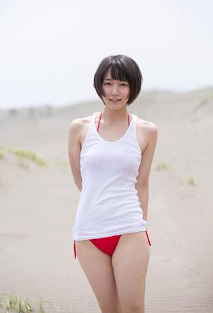【清楚系】吉岡里帆のCAコス&巨乳水着グラビア!ほんと笑顔がキュートですわwww