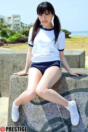 【清楚系ビッチ】黒髪JKとの青空ビーチセクロスがエロい!青姦JK肉便器w