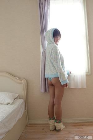 momonogi_kana_4675-017s