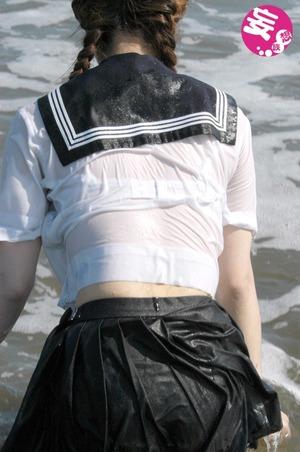 透けブラ☆濡れ濡れ制服のマニアえろ写真☆