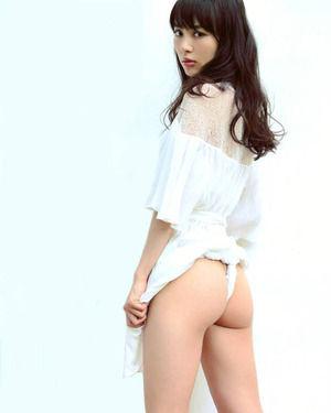 【清楚系ビッチ】この美少女がフンドシやシースルーパンツで尻丸出しなんすよwww