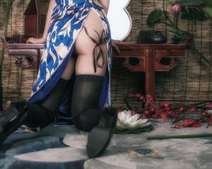 (コスビッチ)美尻でナイス太ももなコスプレイヤー写真☆