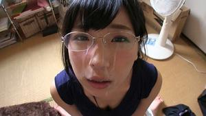 【地味子系ビッチ】欲求不満なメガネ女子というセフレにちょうどいい女www