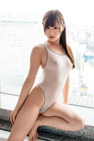 ぴたぴたのエロス!乳首スケスケ水着の女子画像www