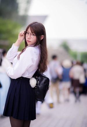 中国のコスプレイヤー香草帕帕ちゃんがJAPAN人好みの純粋美10代小娘でえろコス☆