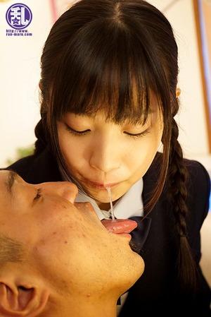 【清楚系ビッチ】唾液飲み、靴下くんかに顔騎wwwwサドっ子JKのM男オチ○ポ責めwww
