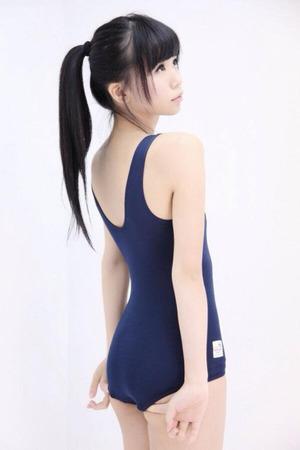 【清楚系ビッチ】巨乳もちっぱいも!スク水着用女子のエロ画像!