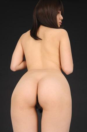 【清楚系ビッチ】手形が付くぐらいwwwスパンキングしながら犯したい尻した女画像www