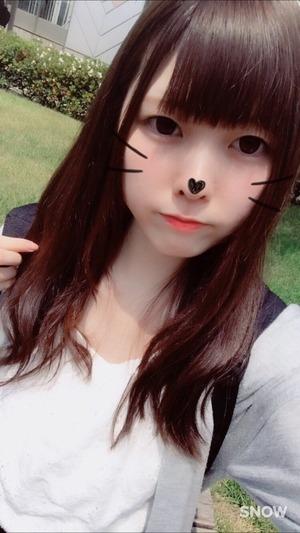 【清楚系ビッチ】人気の顔出しエロ自撮りちゃんのマ○コくぱぁ画像!