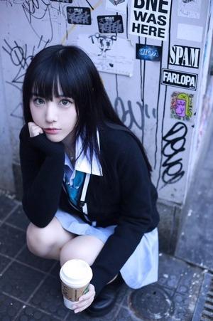 緑川百々子ちゃんという童貞心にぐいぐいくる美少女画像!