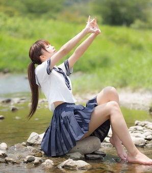 こんな子がクラスにいたらねぇ・・・美少女JKの青春エロス画像!