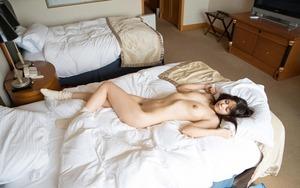 【清楚系ビッチ】元子役の清楚美少女を昼間からホテルでセフレ扱いセクロスwwww