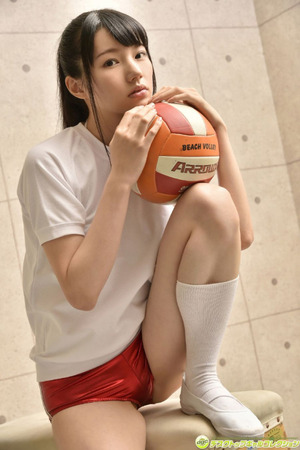 グラドル・白河優菜ちゃんのブルマ&競泳水着なグラビア画像!