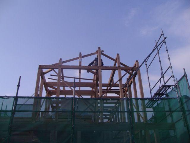 重富の家・建て方2日目屋根下地2